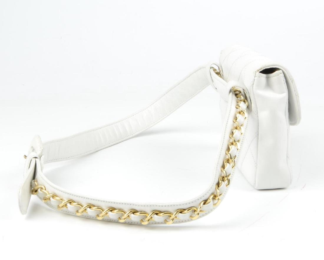 CHANEL - a vintage waist belt bag. Crafted from white - 3