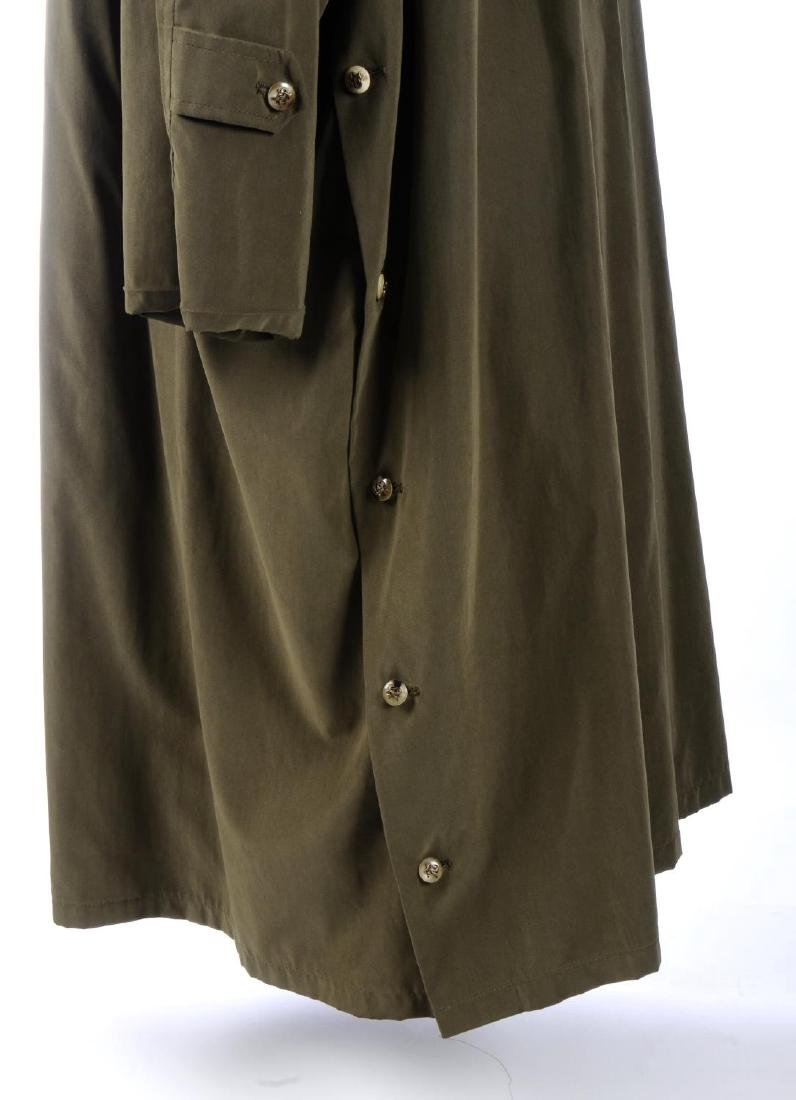 HERMÈS - a trench coat. Designed with a contrasting - 4