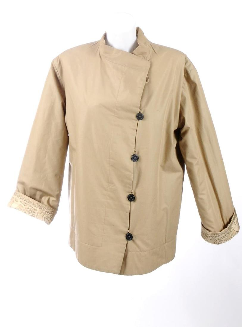 HERMÈS - a reversible silk coat. One side featuring a - 5