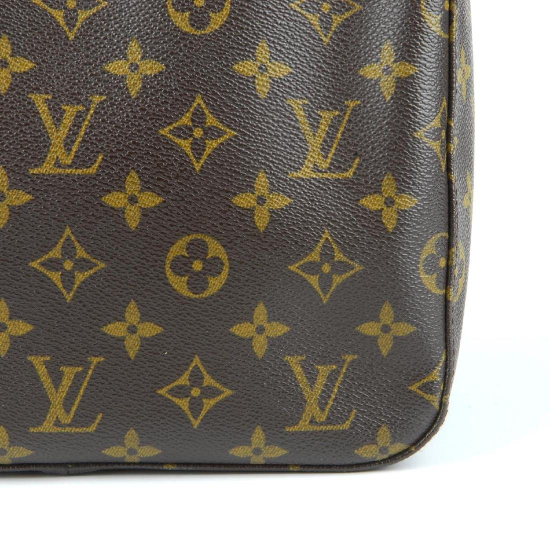 LOUIS VUITTON - a Monogram Looping MM handbag. - 2