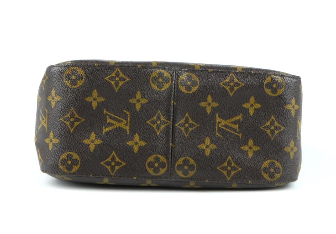 LOUIS VUITTON - a Monogram Looping MM handbag. - 5