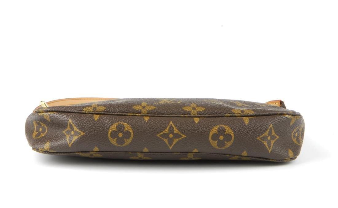 LOUIS VUITTON - a Monogram Pochette Accessoires - 6