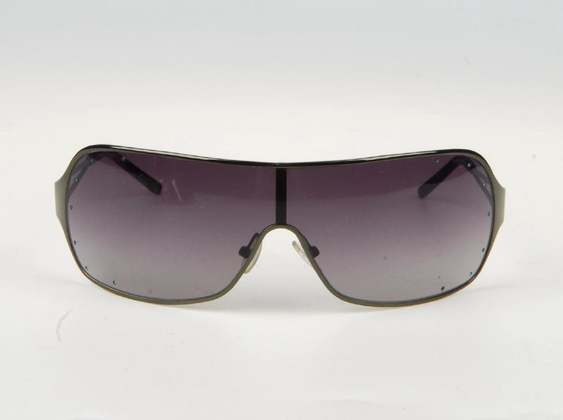 VIVIENNE WESTWOOD - a pair of sunglasses. Featuring - 2