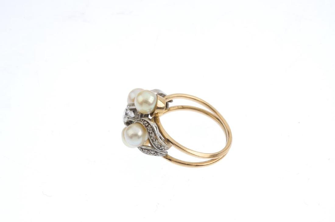 A diamond and cultured pearl dress ring. The old-cut - 2