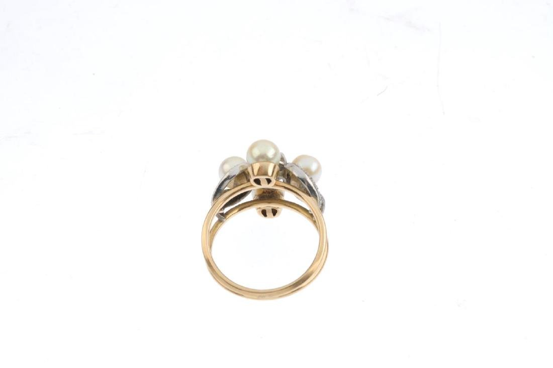 A diamond and cultured pearl dress ring. The old-cut - 3