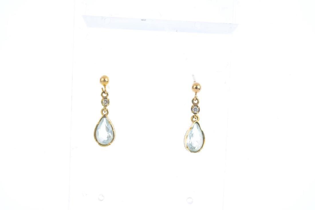 A set of 9ct gold aquamarine and diamond jewellery. To - 3