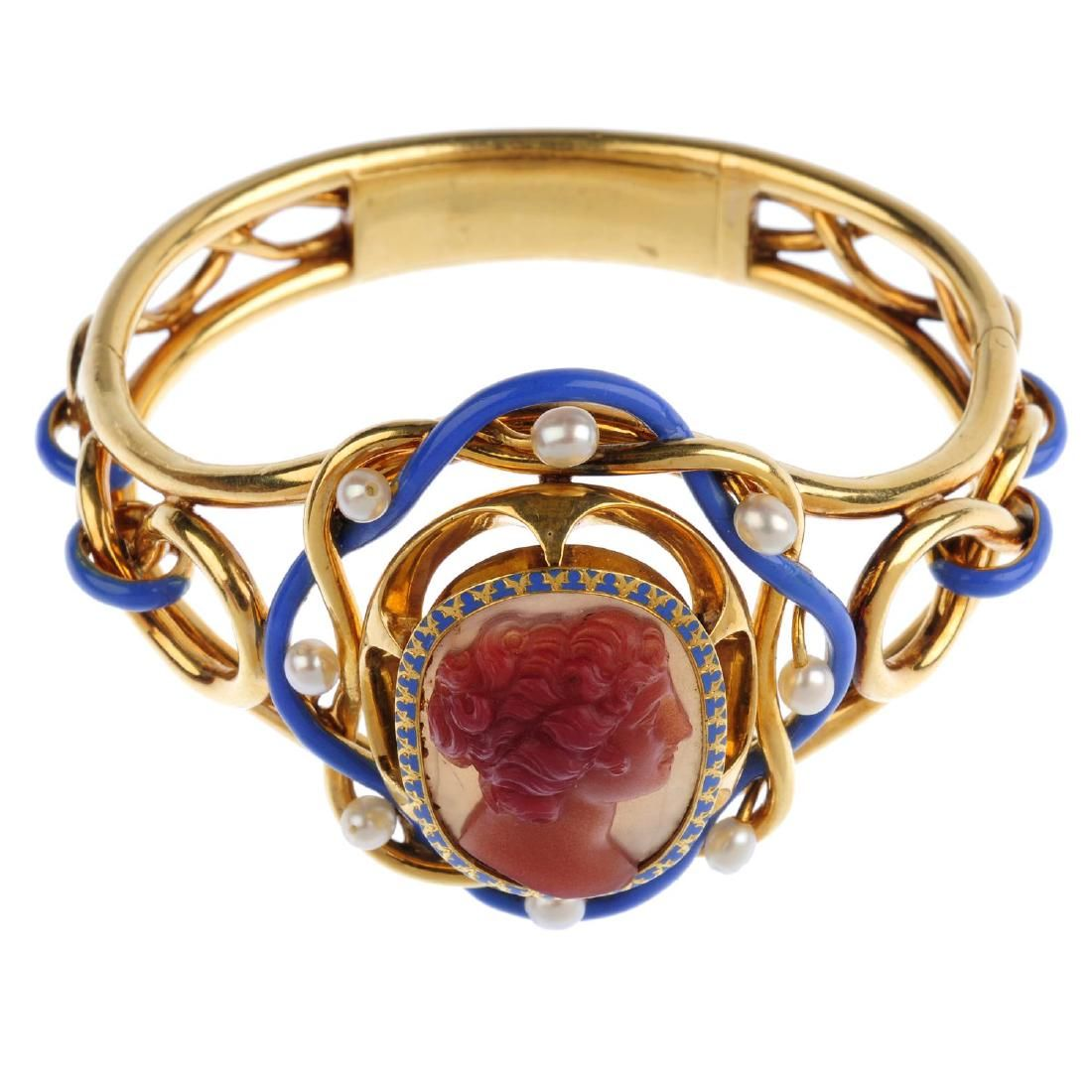 A mid Victorian gold, hardstone cameo, cultured pearl