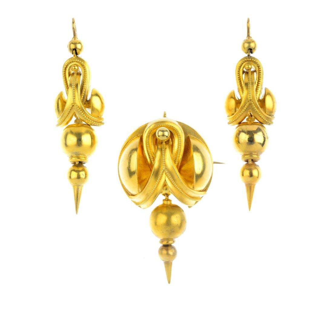 A suite of mid Victorian gold jewellery, circa 1870.