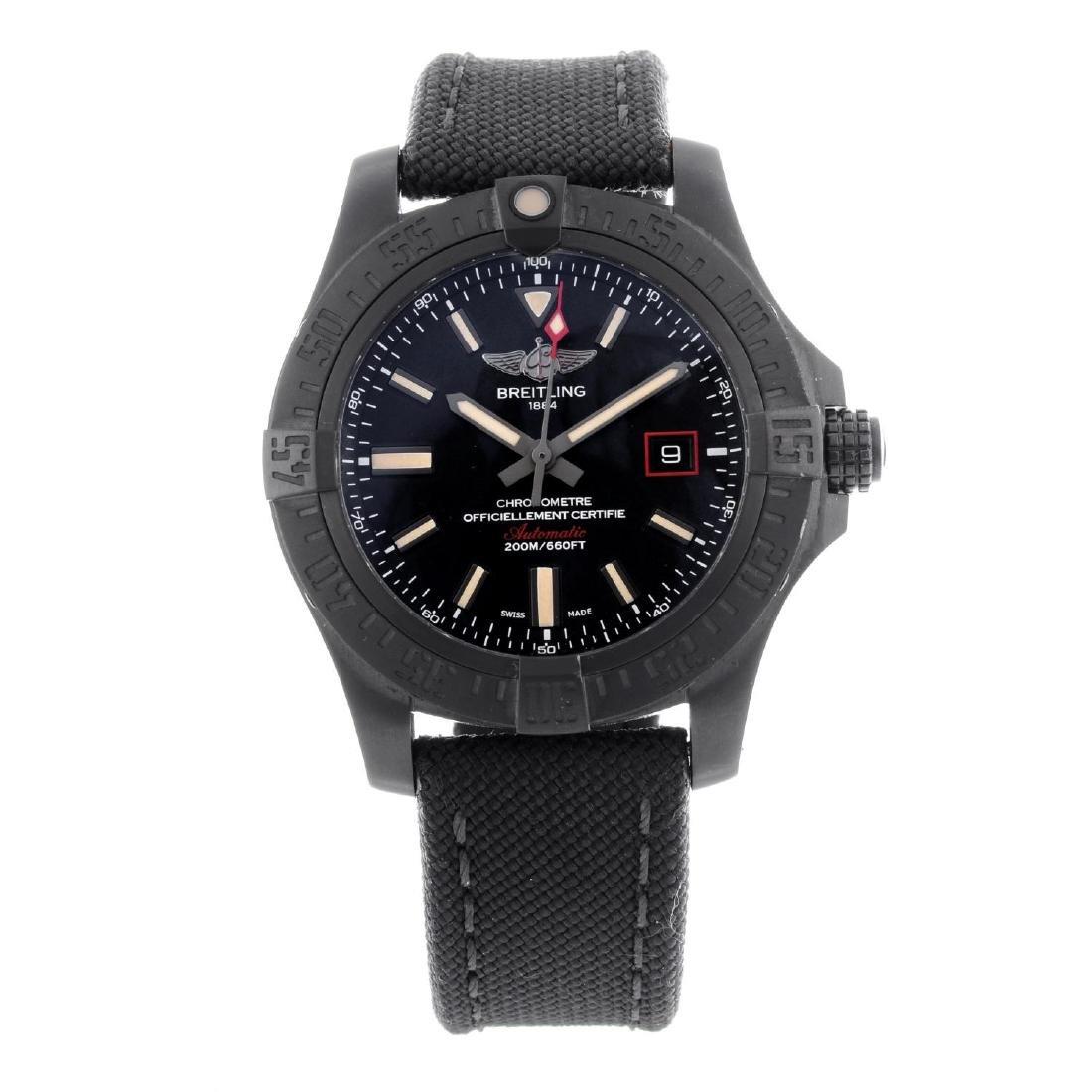 BREITLING - a gentleman's Avenger Blackbird 44 wrist