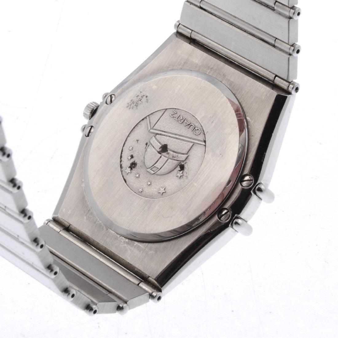 OMEGA - a gentleman's Constellation bracelet watch. - 4