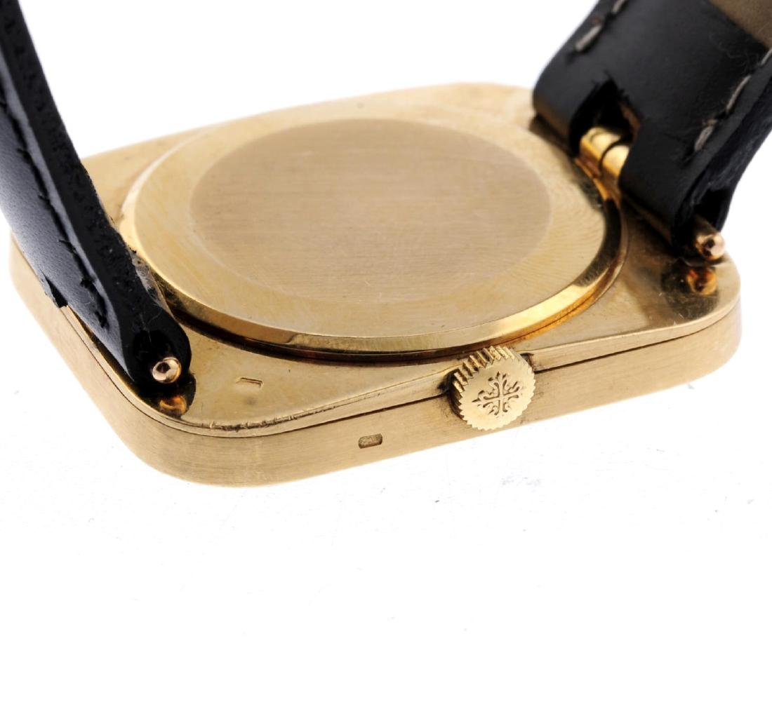 PATEK PHILLIPE - a gentleman's Golden Ellipse wrist - 3