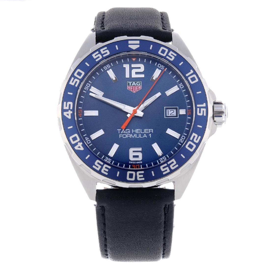 TAG HEUER - a gentleman's Formula 1 wrist watch.