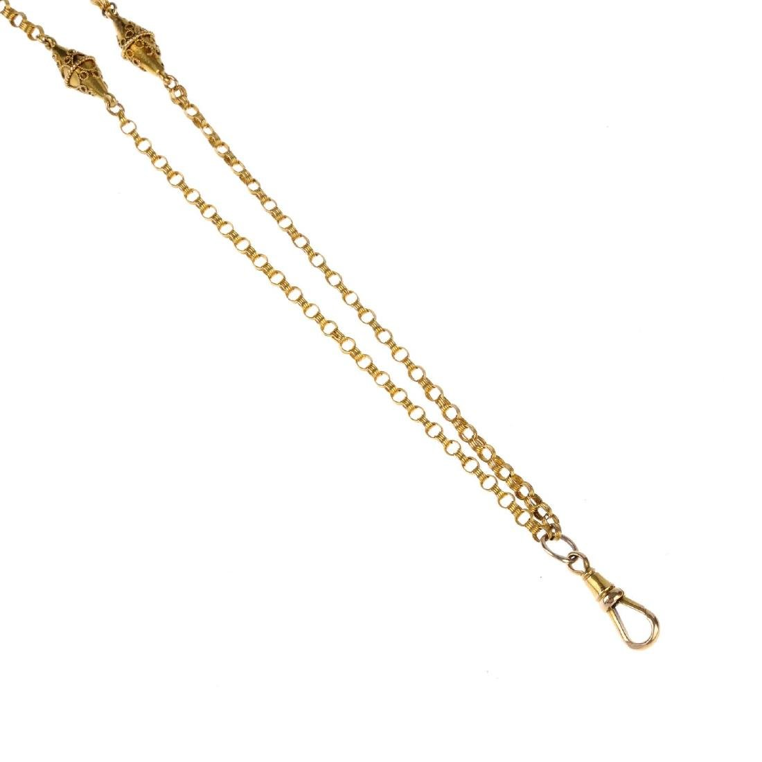 A late Victorian 15ct gold chain. Of banded texture,