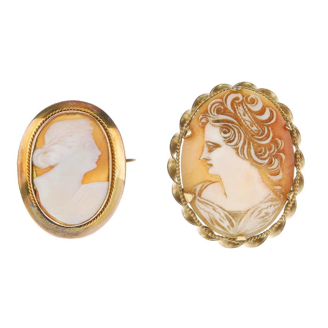 Two cameo brooches. Both of oval outline depicting a