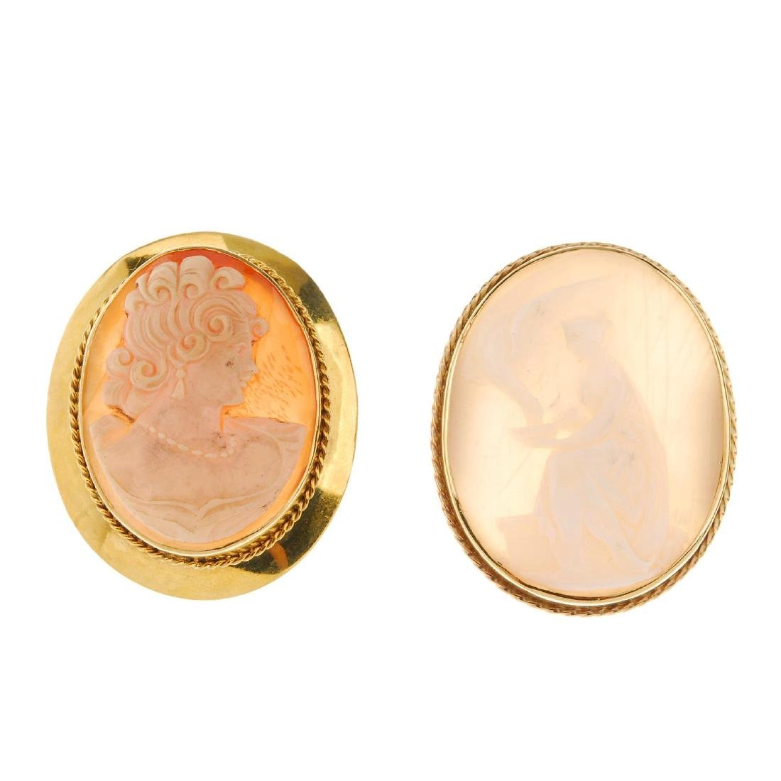 Two cameo brooches. Both of oval outline, the first