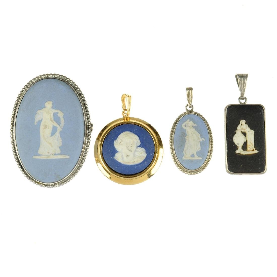 WEDGWOOD - eighteen items of jewellery. To include two