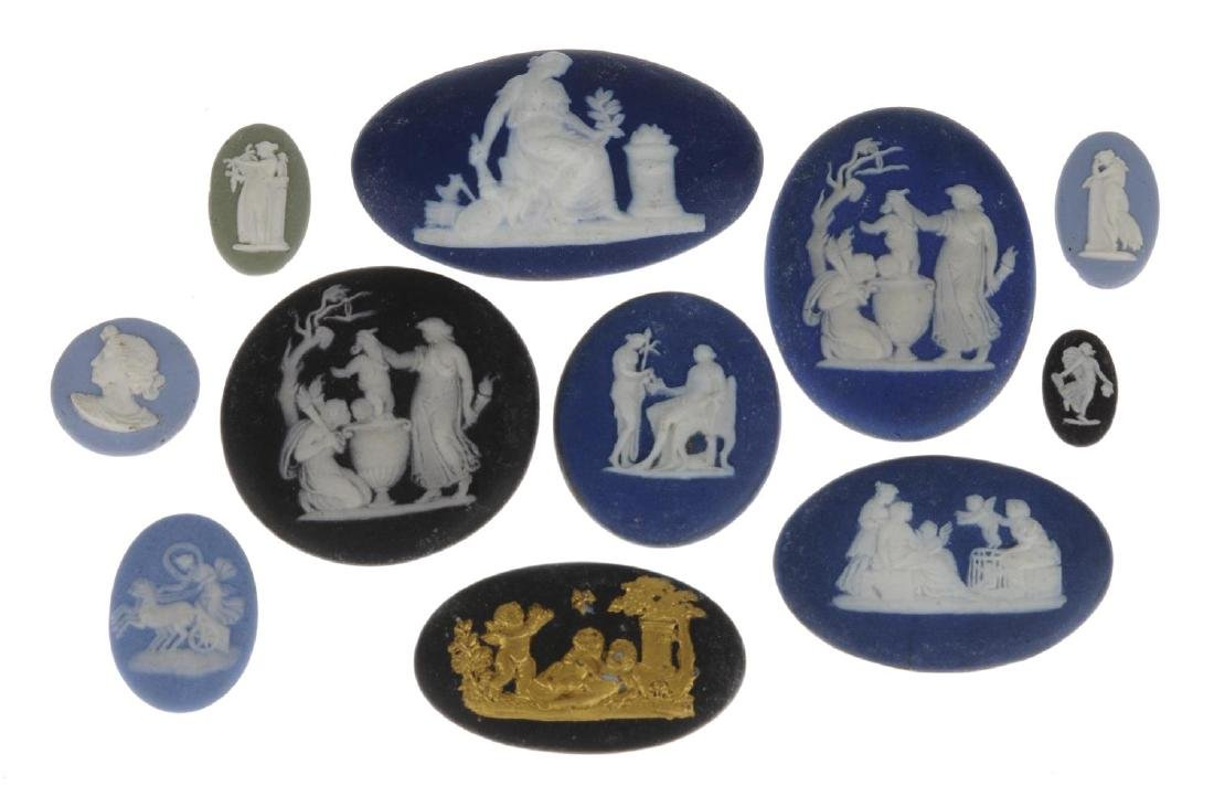WEDGWOOD - eleven loose panels. To include a blue - 2