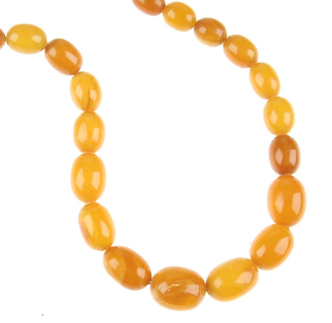 A natural amber bead necklace. Designed as graduated - 3
