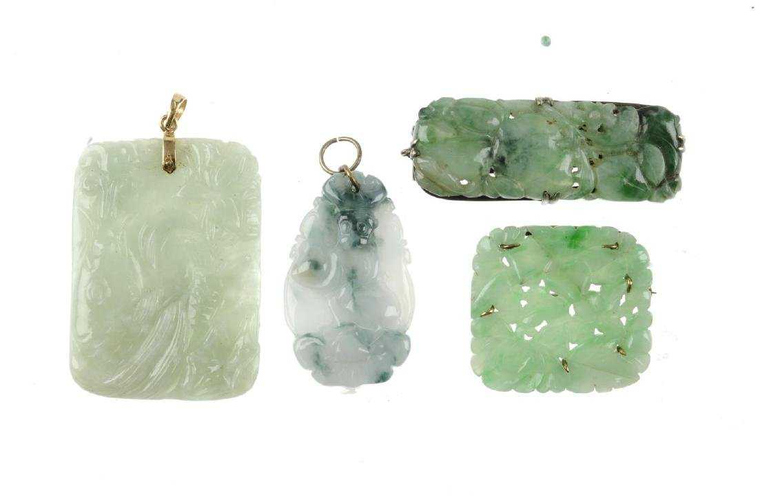 Four items of jade jewellery. To include a square-shape - 2