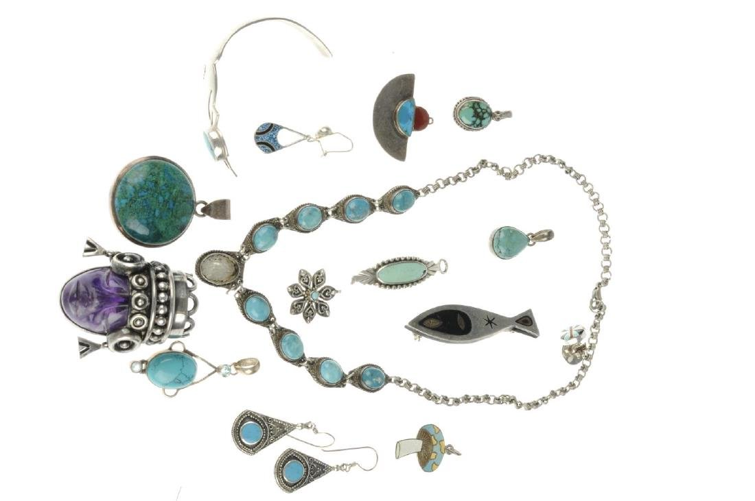 A selection of Mexican jewellery. To include a pendant - 2