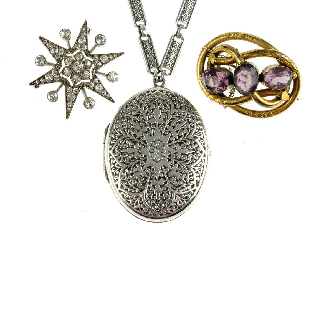 A selection of jewellery. To include a locket by