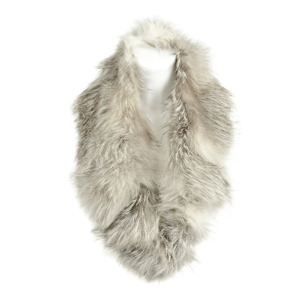 A selection of fur pieces and stoles. To include a