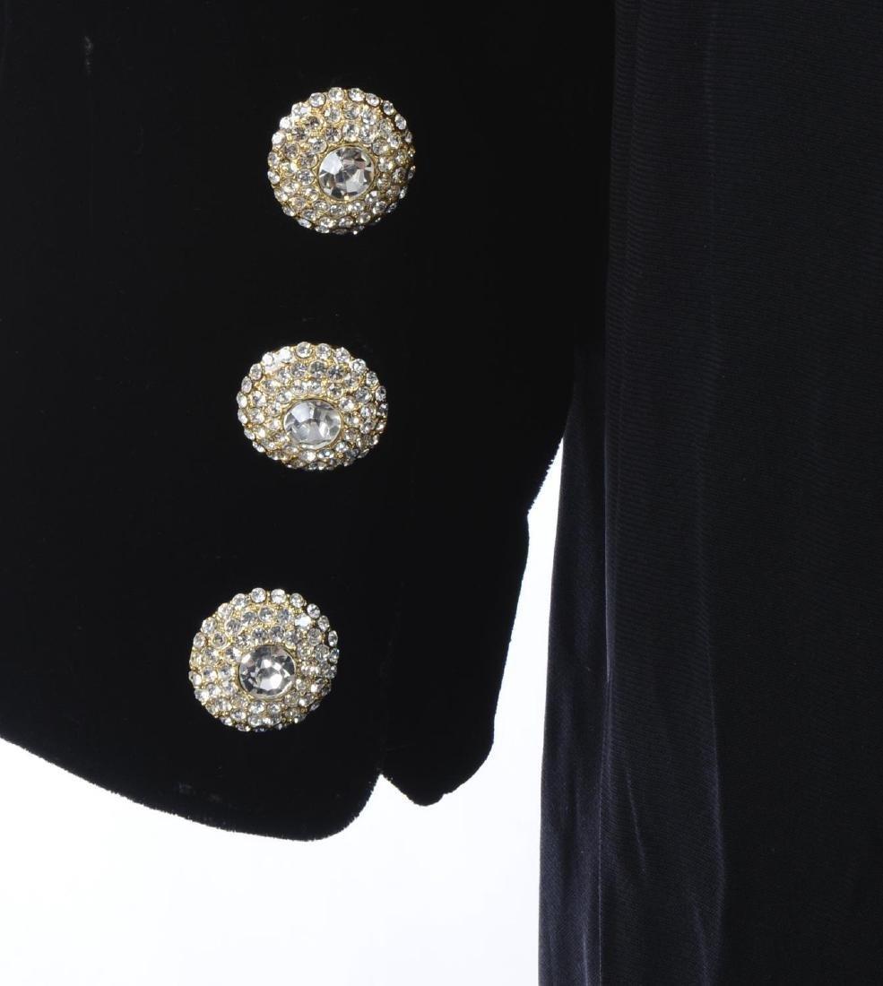 CATHERINE WALKER - a velvet dress. The black pure silk - 3