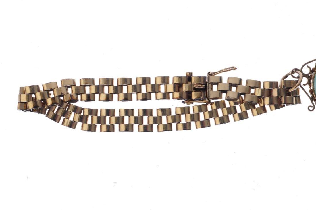 A jade bi charm bracelet. Designed as a jadeite bi, - 2