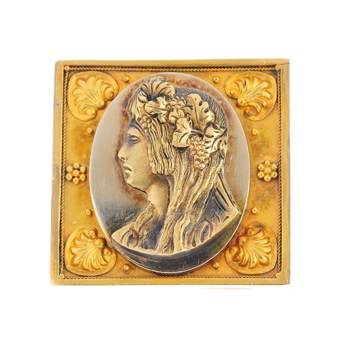 A late Victorian brooch. Of bi-colour design, depicting