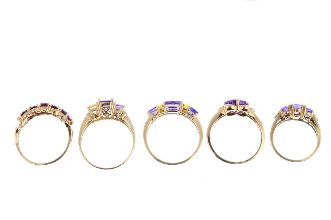 Five gem-set rings. To include a 9ct gold amethyst and - 2