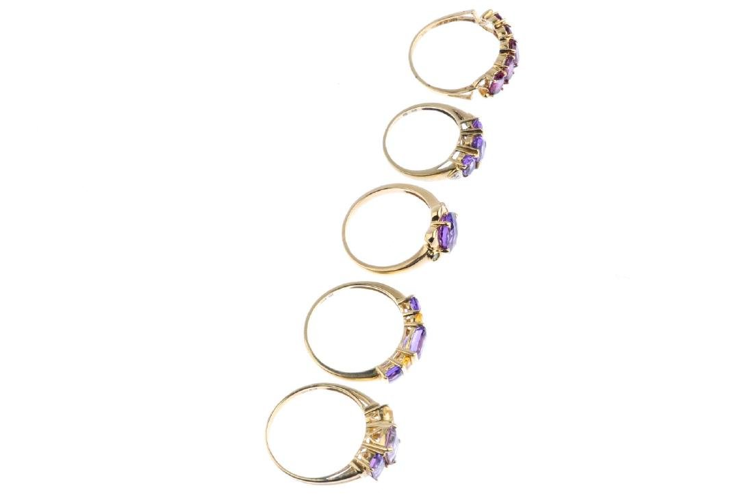 Five gem-set rings. To include a 9ct gold amethyst and - 3