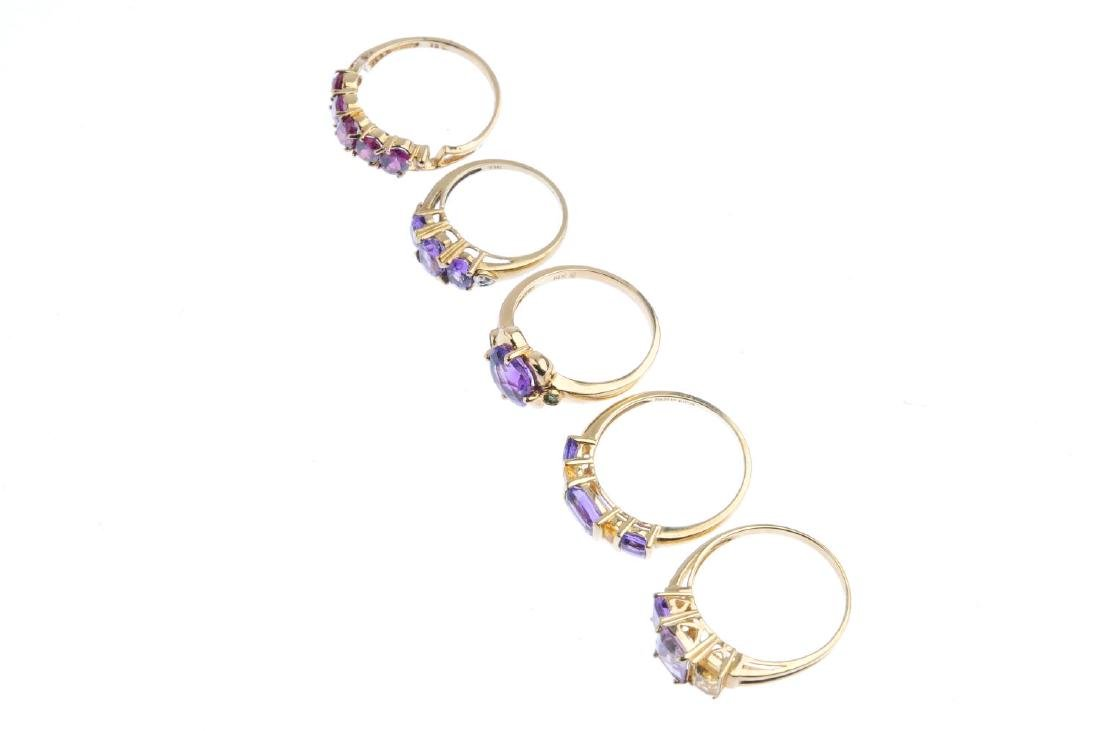 Five gem-set rings. To include a 9ct gold amethyst and - 4
