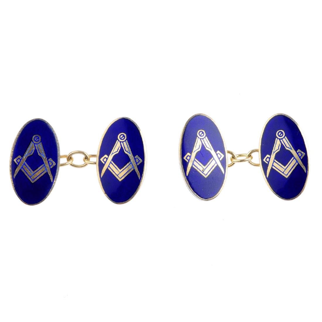 A 9ct gold enamel Masonic swivel ring and a pair of 9ct