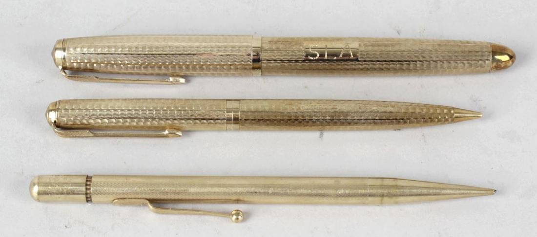 A cased 9ct gold Parker '51' fountain pen and pencil