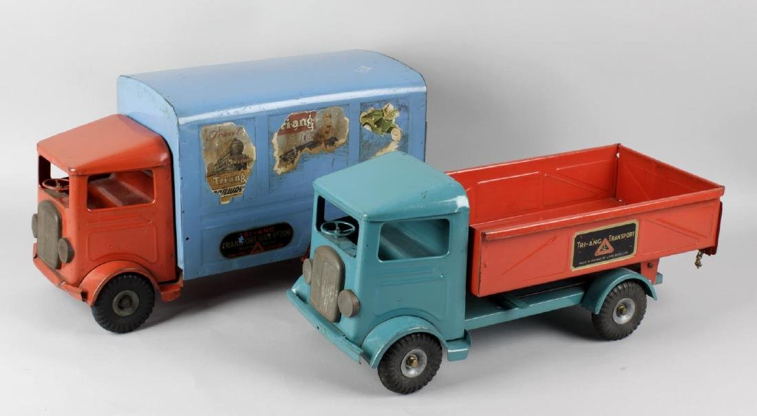 An early Triang pressed steel model tipper truck in