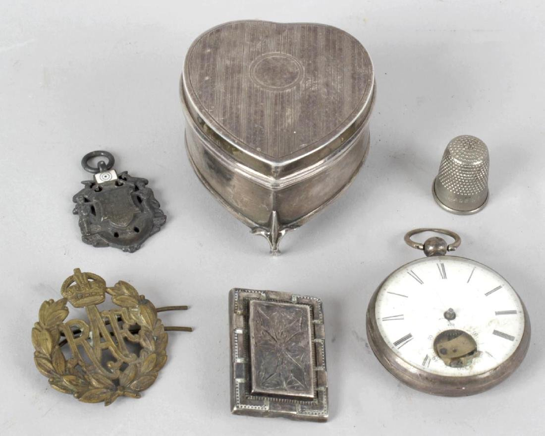 A collection of assorted items, to include Carl Zeiss
