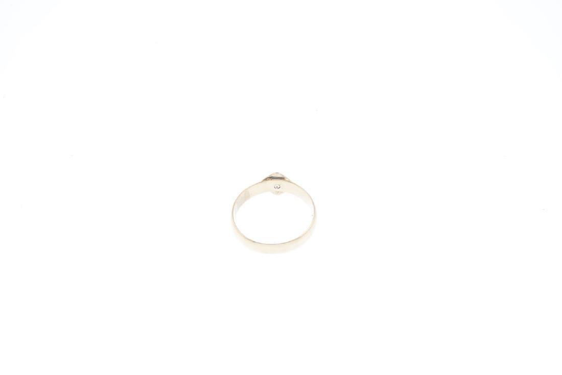 A late Victorian 18ct gold diamond single-stone ring. - 3