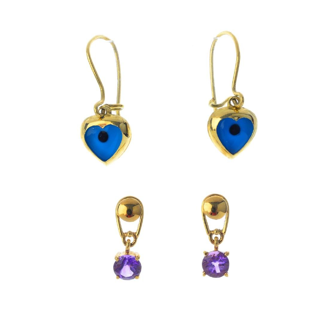 Two pairs of gem-set earrings. The first pair each