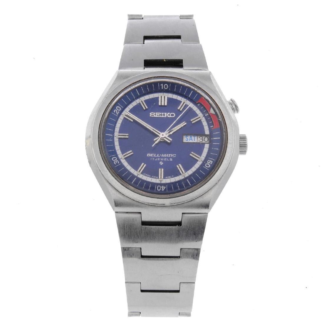 SEIKO - a gentleman's Bell-Matic bracelet watch.