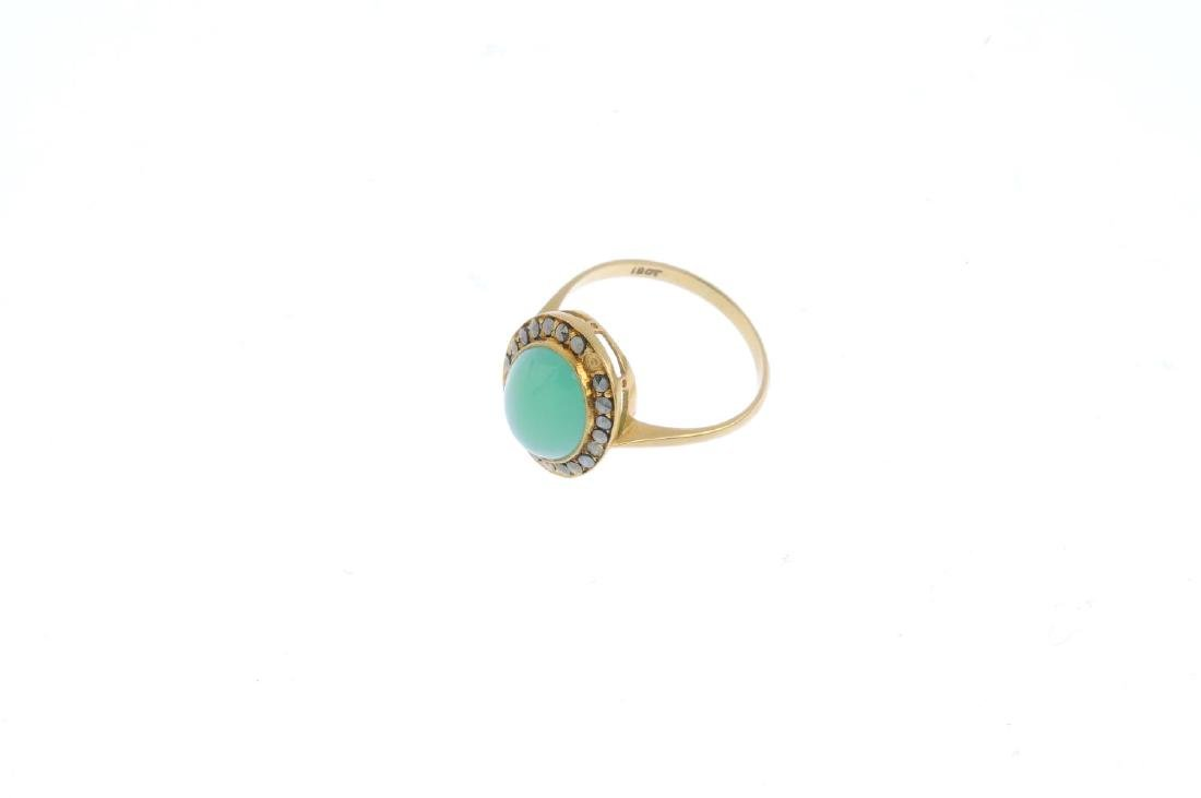 A chrysoprase and marcasite ring. The oval chrysoprase - 3