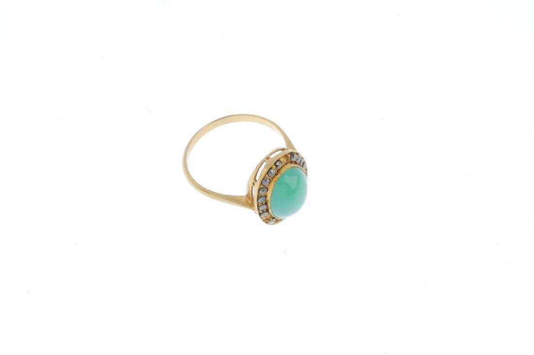 A chrysoprase and marcasite ring. The oval chrysoprase - 4