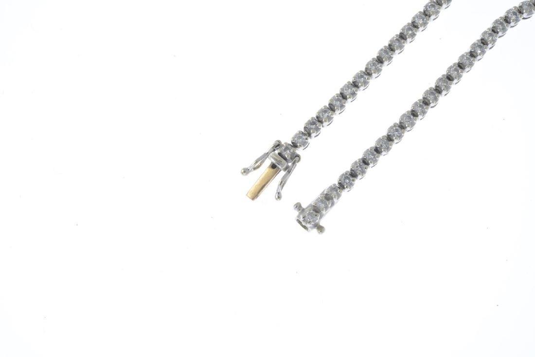 A diamond bracelet. Designed as a brilliant-cut diamond - 3