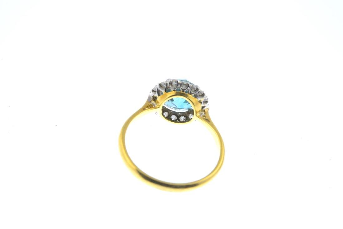 An early 20th century 18ct gold zircon and diamond - 3