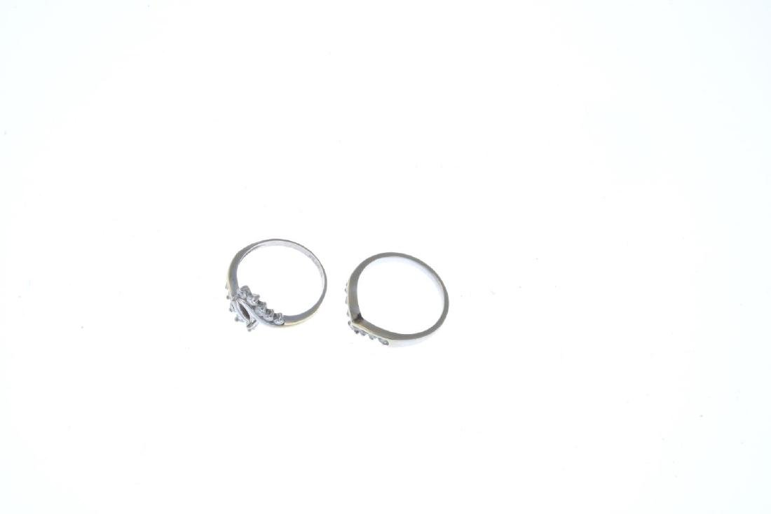 Two 18ct gold diamond and cubic zirconia rings. To - 3