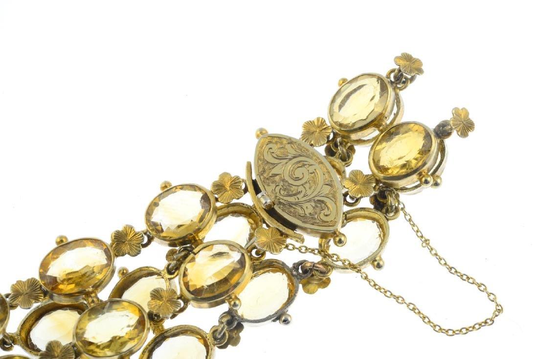 A citrine bracelet. Designed as a series of oval-shape - 3