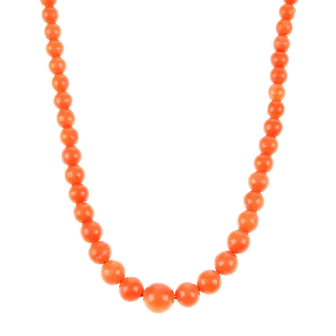 A coral necklace with 18ct gold clasp. The single row