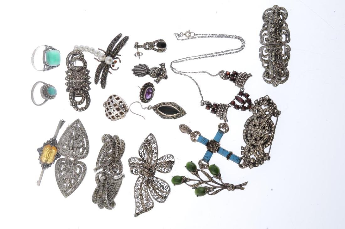 A selection of marcasite jewellery. To include an oval - 2
