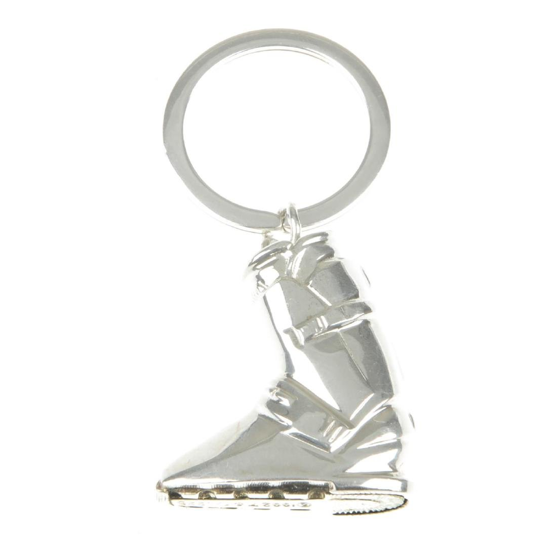 TIFFANY & CO. - a silver ski boot keyring. The