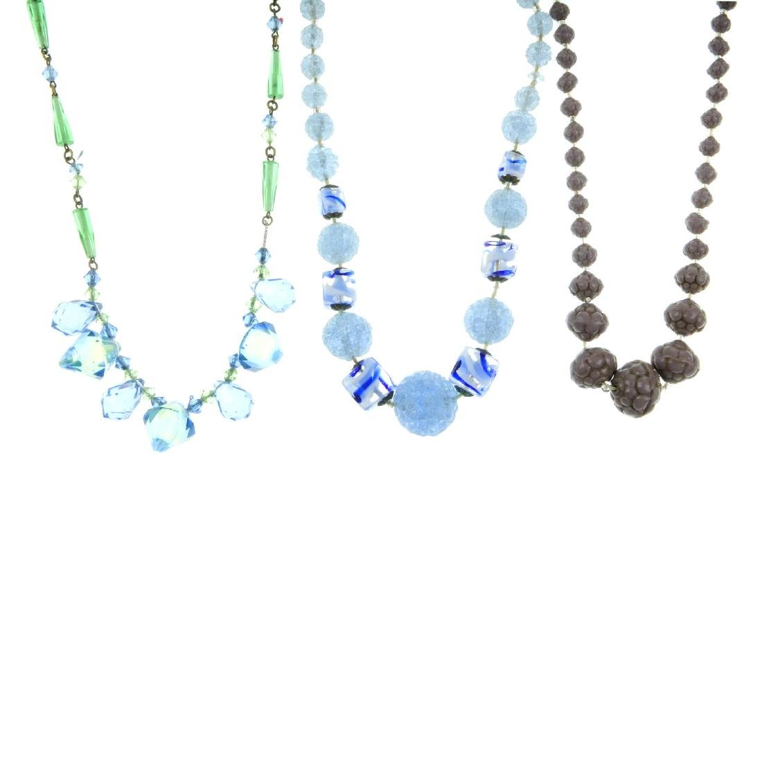 A selection of mainly mid 20th century necklaces. To