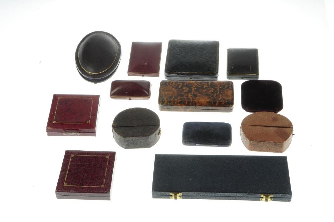 Thirty-two antique jewellery boxes. To include a - 3